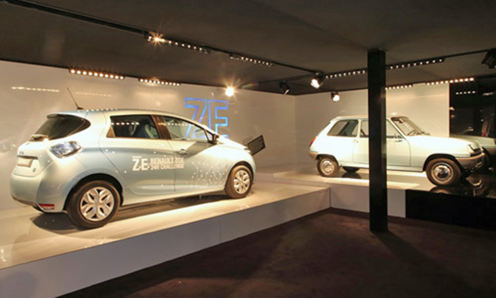 Zoe and Electric Renault 5 at Goodwood (Photo: Renault)
