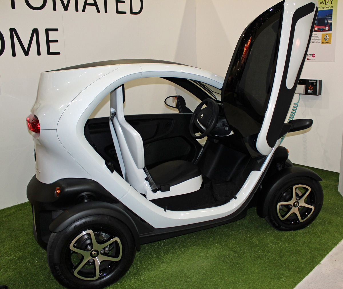 Renault Twizy at Grand Designs Live Show (Photo: T. Larkum)