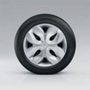 "15"" Arobase Wheel (Image: Renault)"