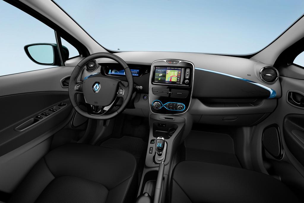 Zoe Dynamique Intens Interior Trim (Image: Renault)
