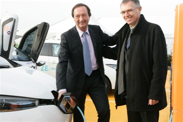 Carlos TAVARES, Chief Operating Officer, Renault group and Michel-Edouard LECLERC, Chairman of Centres E. Leclerc (Image: Renault)