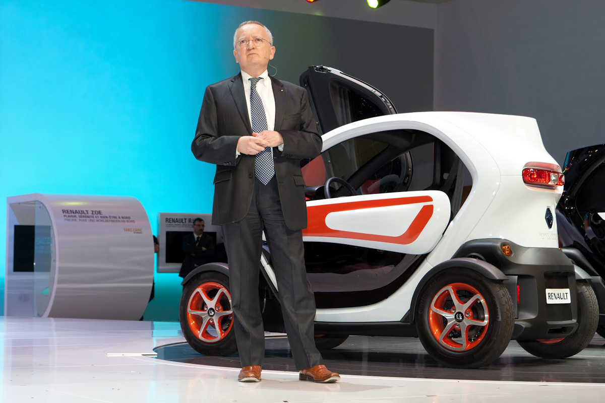 Stephen Norman Presenting the Renault Twizy (Image: Renault)