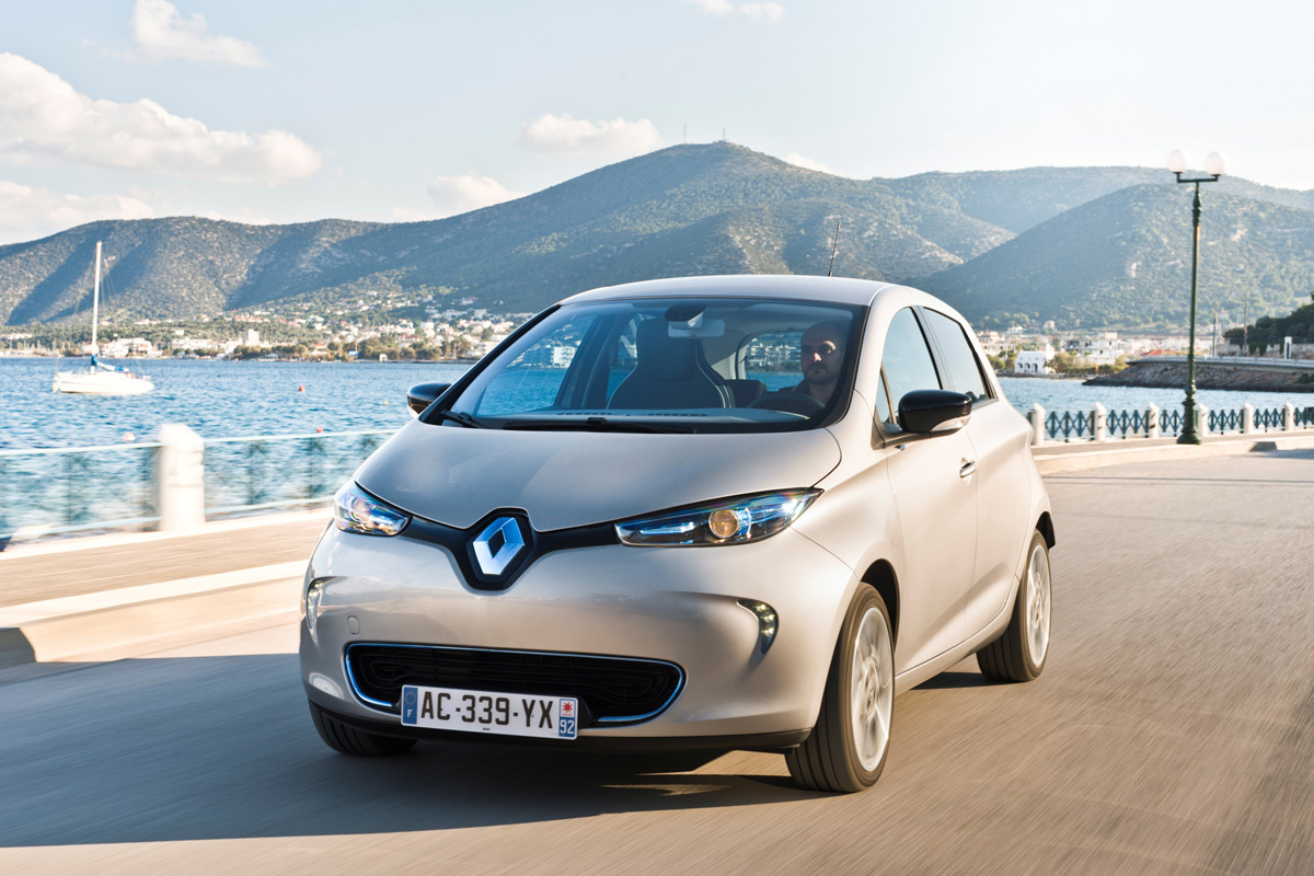 zoe deliveries begin in france 2 my renault zoe electric car. Black Bedroom Furniture Sets. Home Design Ideas