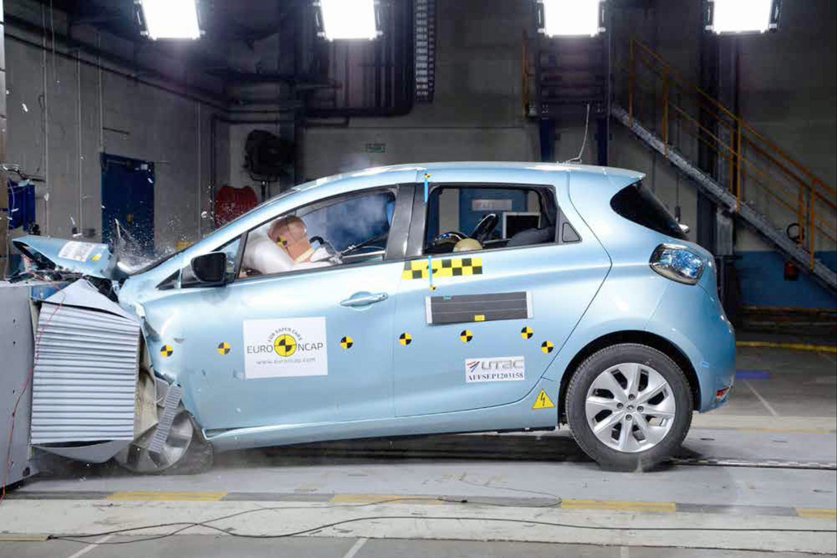 Renault ZOE gets 5 stars at the EuroNCAP tests (Image: Renault)