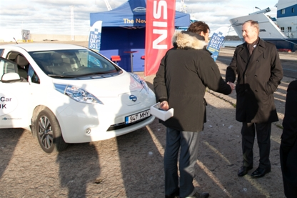 Nissan to Lead Rapid Charge Network Project (Image: Nissan)
