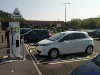 ZOE Charging at Michaelwood (Image: Timbo)