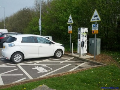 ZOE Charging at Donnington (Image: Timbo)