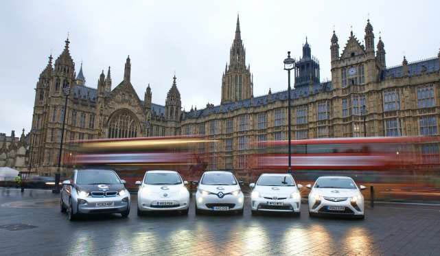 A Renault ZOE flanked by some other EVs (Image: OLEV)