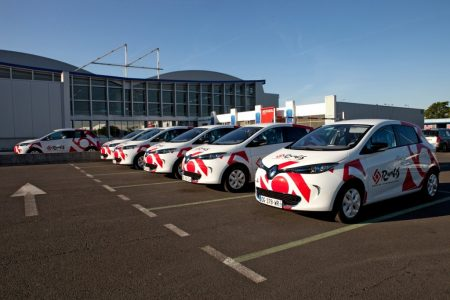 SEMMARIS inaugurates its new fleet of Renault ZOE electric vehicles  (Image: Renault)