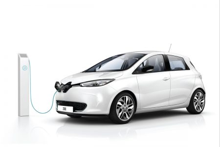 Renault ZOE electric wall-box deal stays fully charged (Image: Renault)