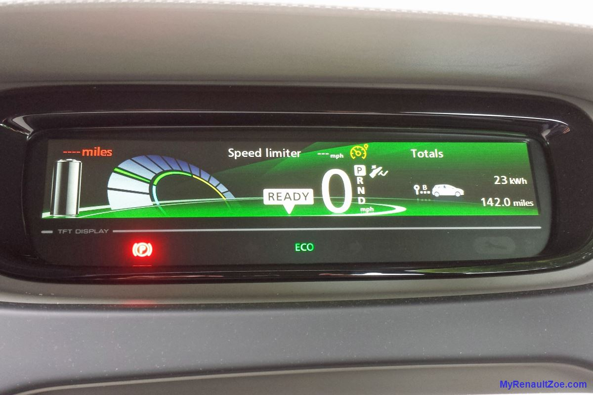 2018 renault zoe range. unique zoe dashboard display after 142 miles image t larkum in 2018 renault zoe range