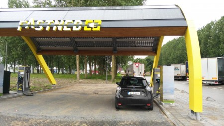 Fastned Charge Station (Image: Dexter1979)