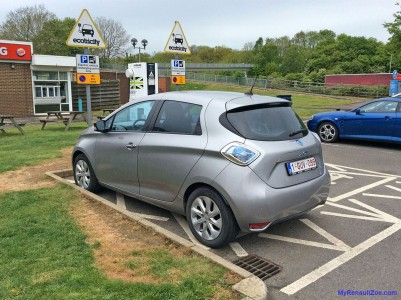 Charging at Membury services (Image: Surya)