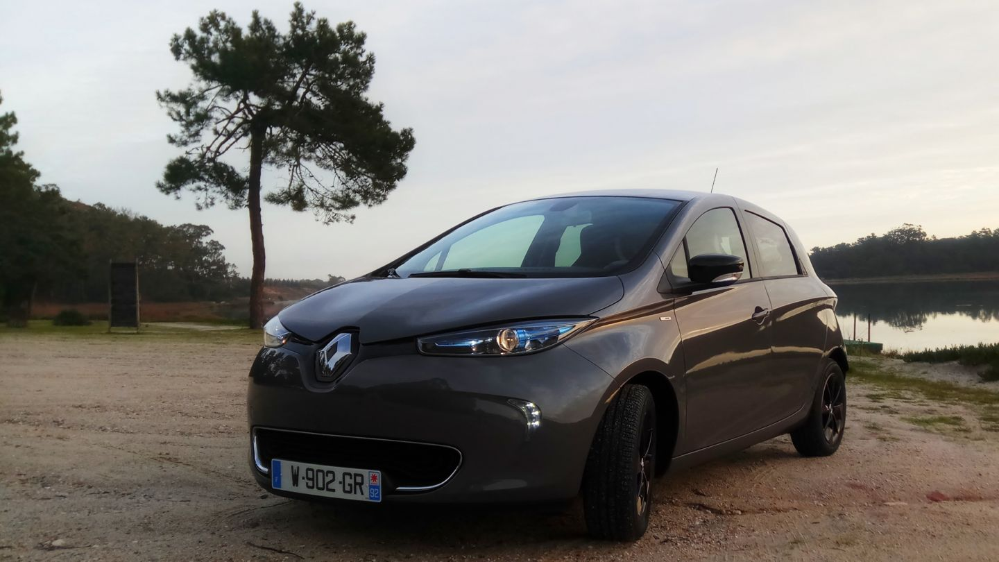 2017 renault zoe review a cure for range anxiety my renault zoe electric car. Black Bedroom Furniture Sets. Home Design Ideas